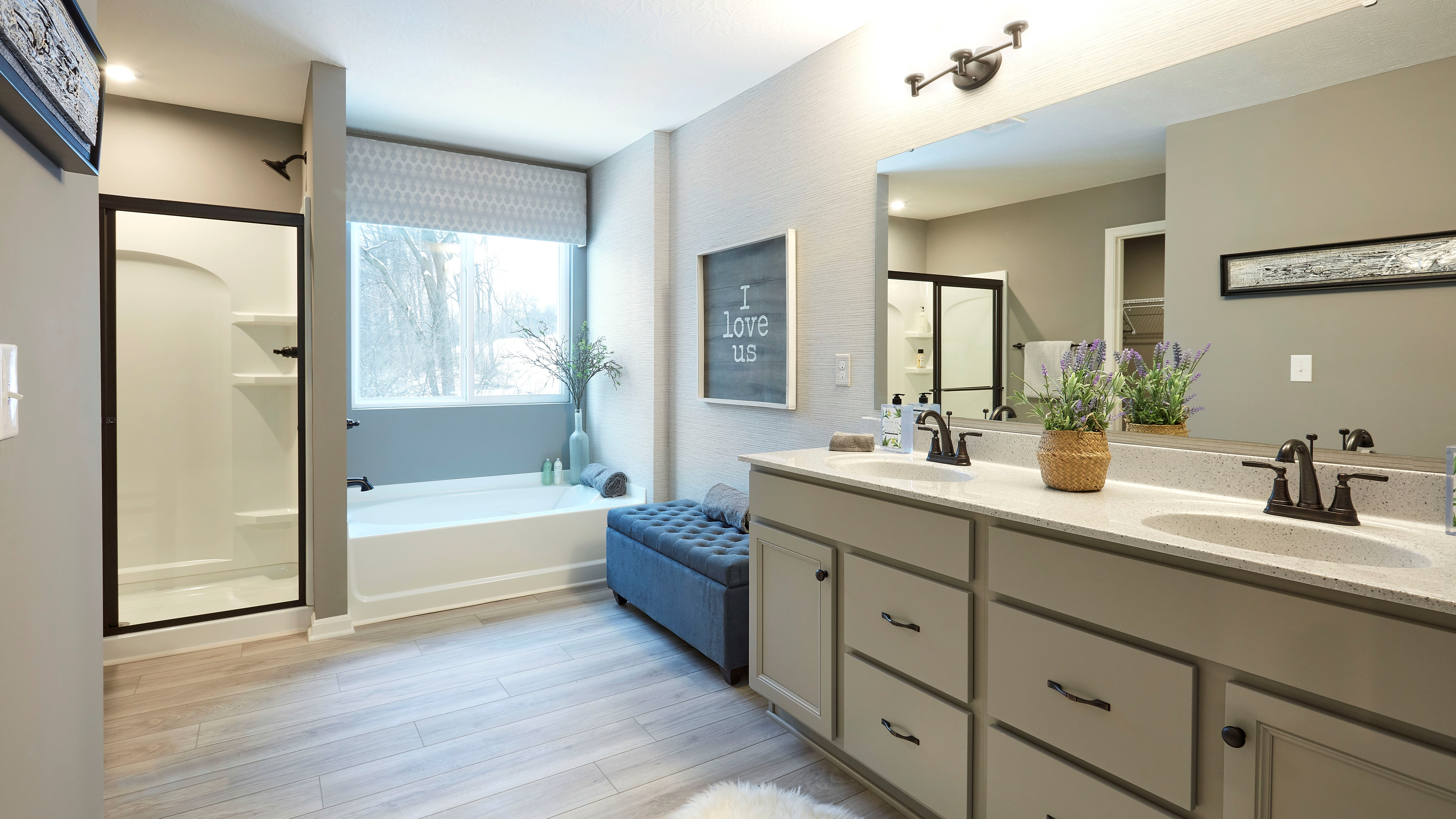 Denali- arden-place-model-private-owners-suite-bathroom-with-large-tub-and-shower
